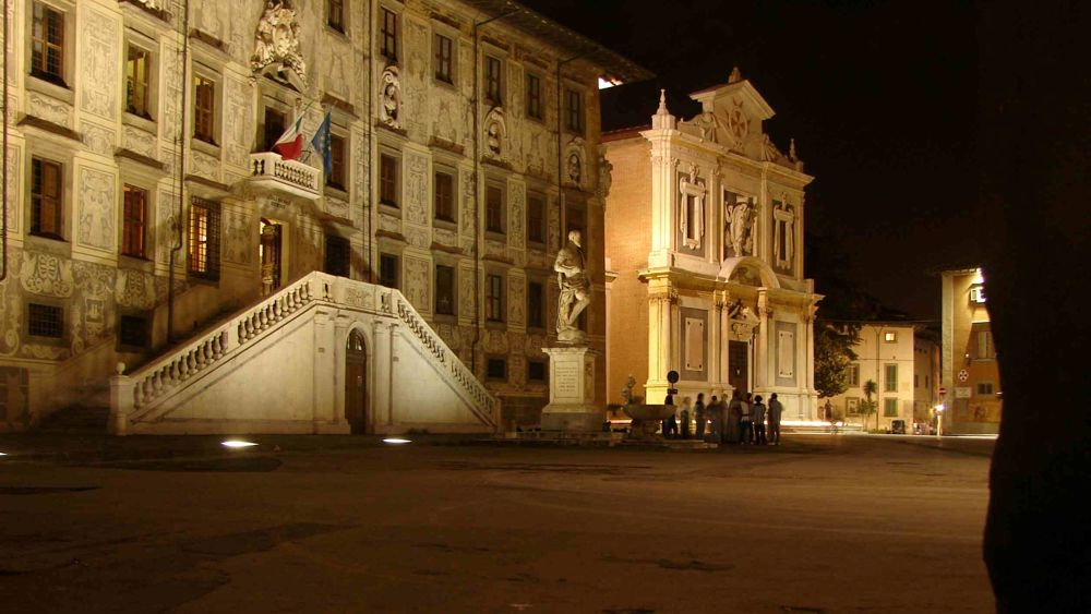 Concerto dei Bandabardò in Piazza dei Cavalieri