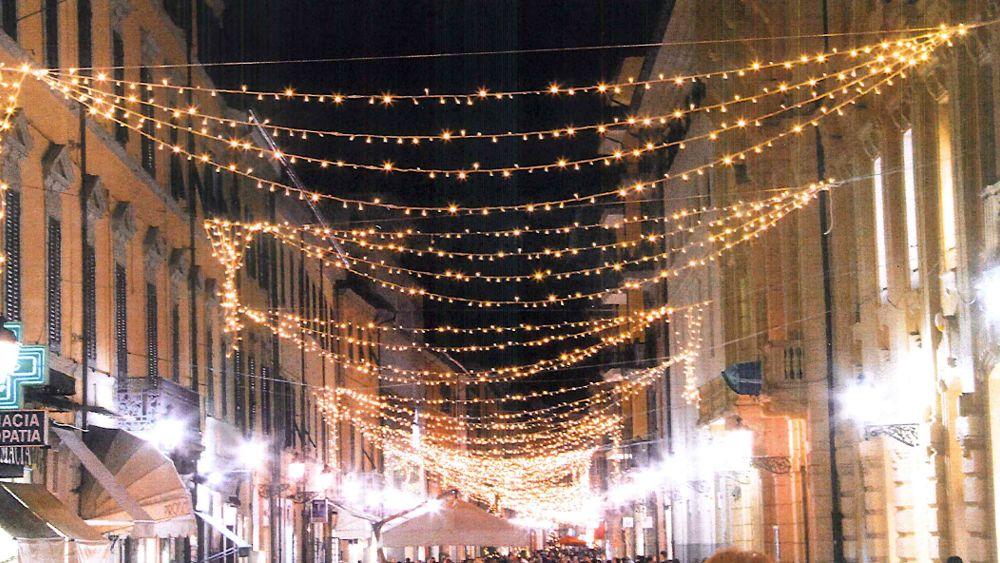 Illuminazione natalizia pisa 2014