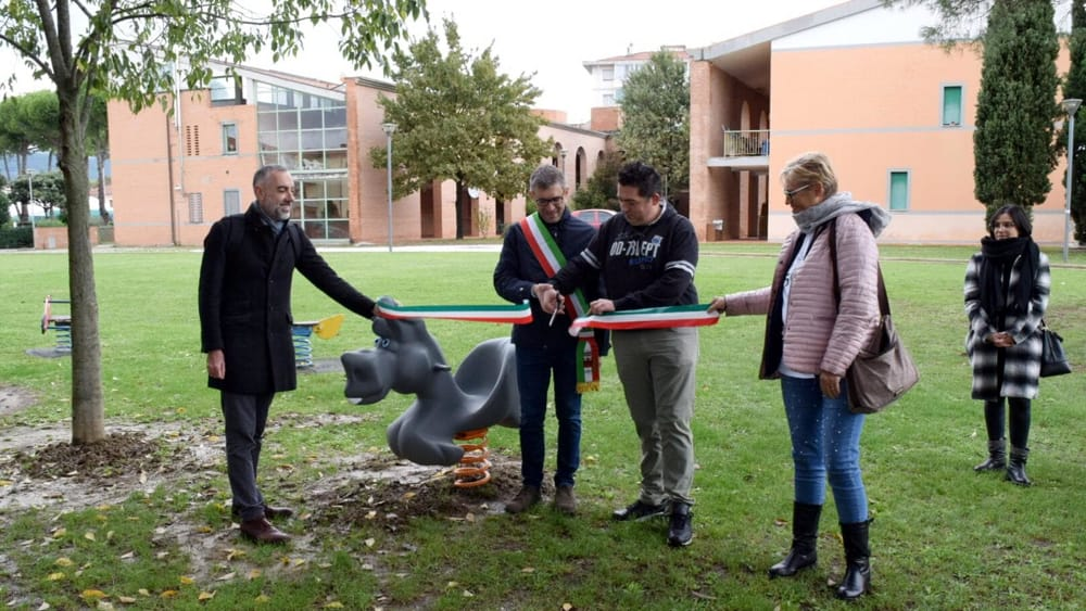 Calcinaia: inaugurati i giochi inclusivi al parco di Fornacette - PisaToday