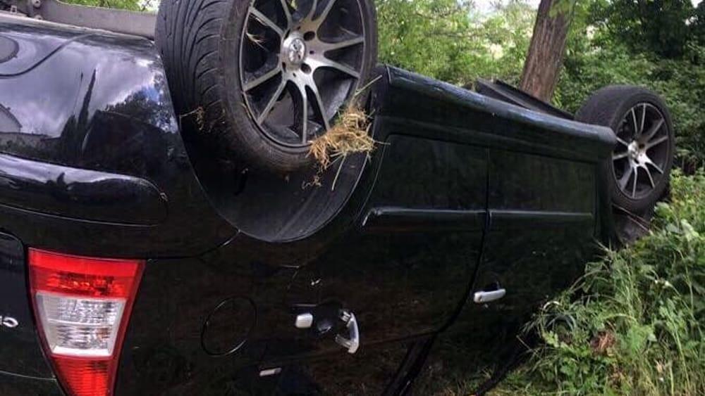 Incidente Stradale A Santa Maria A Monte Auto Cappottata